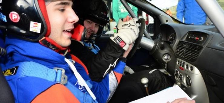 Resumen 1ª cita Campeonato España Rallyes Tierra y Montaña, financiación y crédito en los coches nuevos, David Apesteguía un invidente con ganas de ser copiloto